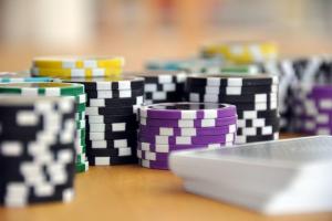 Aikuiset suomalaiset rahapelit